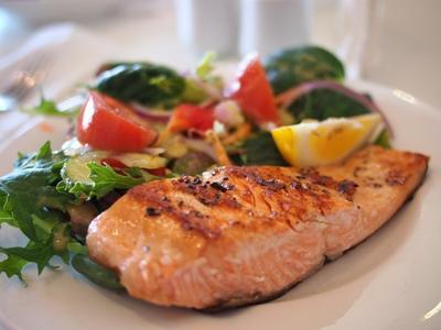 Mengonsumsi Makanan Enak dan Berlemak Justru Lebih Sehat Lho! Begini Cara Mengonsumsinya