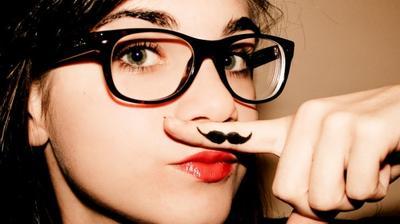 Dapatkan Bibir Cantik Bebas 'Kumis' Dengan Cara Alami dan Mudah Berikut Ini