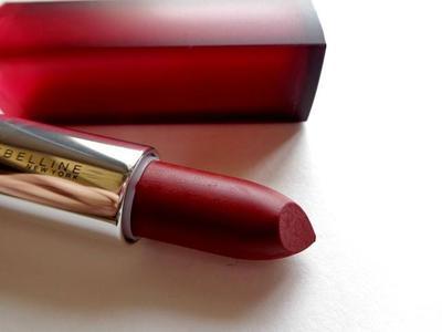 Bingung Mencari Lipstik Matte Coba Lipstik Maybelline Yang Ringan