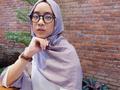 Tips Mix & Match Hijab dan Kacamata agar Kamu Tetap Nyaman dan Fashionable