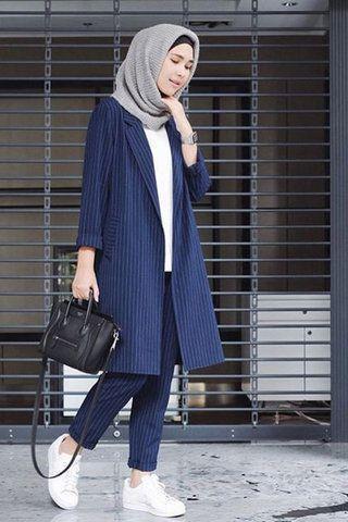 Dengan 6 Model Baju Kerja Casual Muslimah Ini Tampil Modis Ke