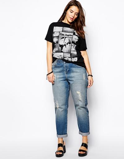 1. Oversized jeans