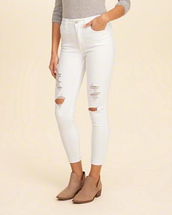 4. Jangan Menyimpan Banyak Benda di Kantong Jeans