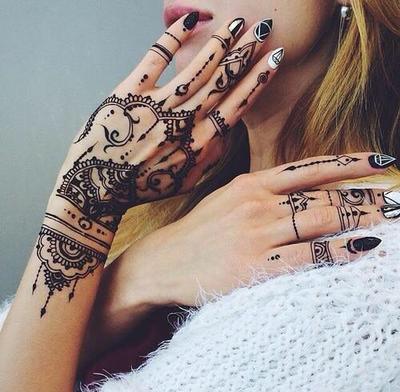 Ulasan Lengkap Cat Kuku Henna untuk Kamu Penggemar Nail Decoration