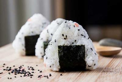 Berniat Traveling ke Jepang? Inilah 5 Tips Mudah Mencari Makanan Halal di Jepang!