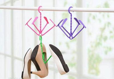 Jangan Menggunakan Flat Shoes Berturut-turut