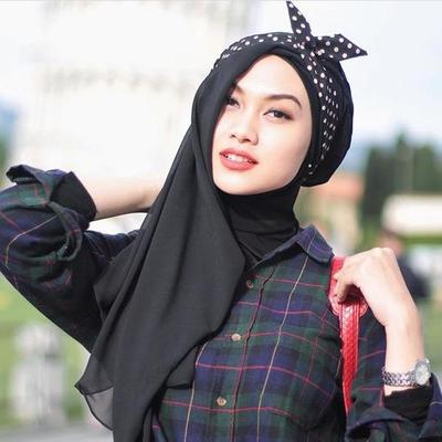 Brooch Is Too Old Fashioned, Yuk Ganti dengan 5 Aksesoris Hijab Kekinian Ini!