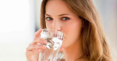 Rajinlah Minum Saat Berbuka Hingga Sahur