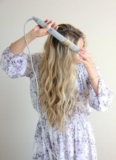 Ternyata, Begini Cara Mengeriting Rambut yang Benar Menggunakan Catokan!