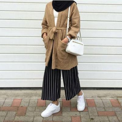 Inspirasi Mix and Match Celana Kulot dan Hijab untuk Gaya yang Lebih Modis