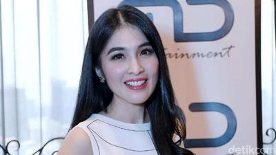 Wah, Ternyata Inilah Hobi Unik Selebriti Indonesia yang Bikin Heboh