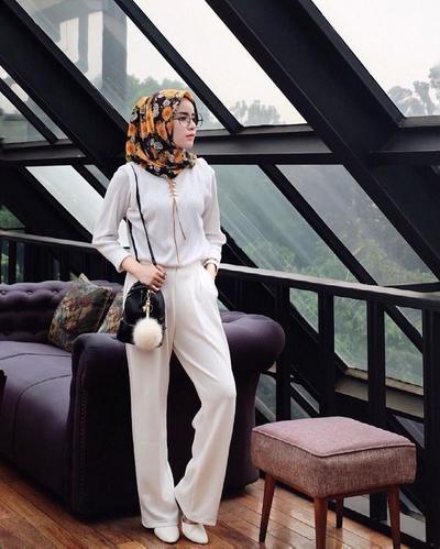 Yuk, Tampil Stylish dengan Inspirasi Hijab Modern Ala Selebgram