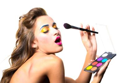 Ladies, Inilah 6 Kesalahan dalam Riasan Mata yang Harus Dihindari
