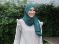 Hanya 2 Menit, Ini Tutorial Hijab Simple dengan Jarum Pentul Ala Selebgram dan Artis Indonesia