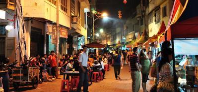 Murah Meriah, Ini 5 Rekomendasi Tempat Makan Enak di Kota Semarang yang Tak Boleh Dilewatkan