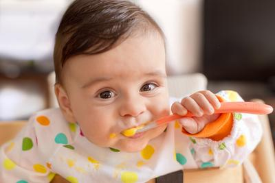 Inilah 4 Alasan Kenapa Kamu Perlu Memberikan MPASI Pada Bayi!