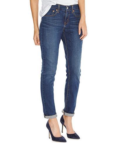 3 Cara yang Efektif Mengembalikan Celana Jeans yang Melar