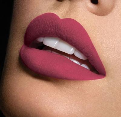 Pemiliki Kulit Sawo Matang? Ini Dia 4 Warna Lipstick yang Cocok Untukmu!