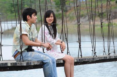 Lucunya 5 Film Thailand Ini Bisa Bikin Kamu Tertawa Sampai Sakit Perut!