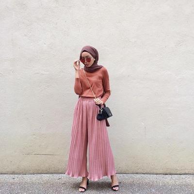 Ini Dia Daftar Jenis Celana Kulot untuk Hijabers yang Tak Boleh Dilewatkan!
