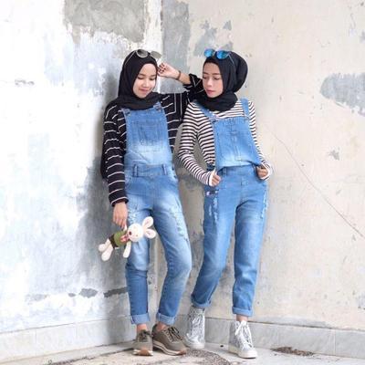 Inspirasi Padu Padan Hijab Dan Overall Yang Bisa Bikin Kamu Terlihat