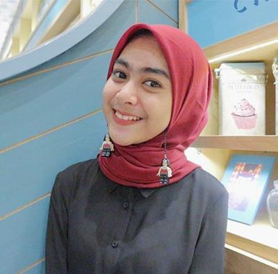 Tutorial Hijab Pakai Anting Reihanhijab