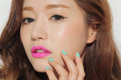 Warna Lipstick Pink Seperti Apa yang Cocok untuk Kulitmu? Cek Disini!