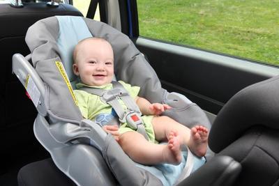 Pastikan Keamanan Maksimal Untuk Bayi dengan Car Seat, Begini Tips Penggunaannya!