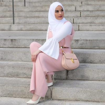 Wah Ini Dia Inspirasi Tren Hijab Jumpsuit Kekinian Yang Tidak Boleh