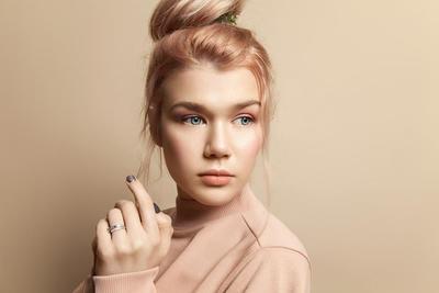 Pilihan Lipstik Nude dari Brand Lokal yang Tak Akan Bikin Wajah Kamu Malah Terlihat Pucat
