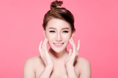 Dapatkan Kulit yang Lebih Putih Bak Wanita Korea dengan Krim Ampuh yang Satu Ini!