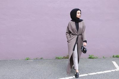 Bergaya Dengan Outer Panjang Hijab Dan Celana Lihat Tips Padu