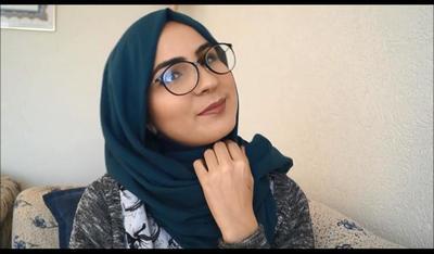 Simpel dan Cantik! Ini Dia 3 Tips Gaya Hijab untuk Wajah Bulat dan ... f6714db15a