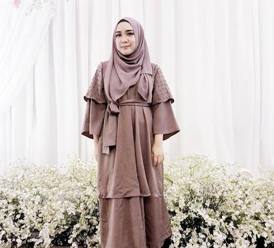 4 Tutorial Hijab yang Bisa Menyiasati Tubuh Gemuk Kamu Supaya Bikin Tampil Beda!