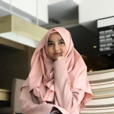 Ini Lho Pilihan Warna Hijab yang Cocok untuk Si Kulit Sawo Matang!