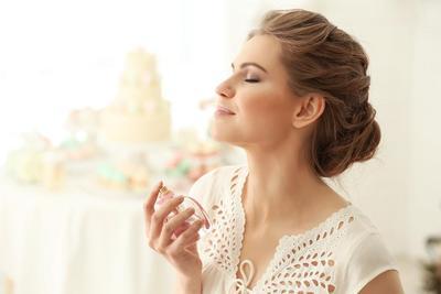 Takut Salah Pilih? Ini Dia Tips Memilih Parfum Wanita dari Oriflame!