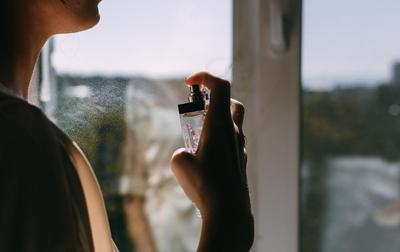 Parfum dengan Aroma Wangi Tidak Terlalu Tajam