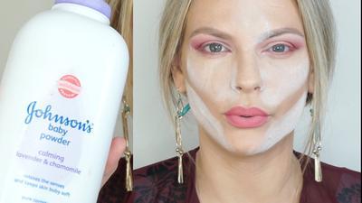 Ternyata Memakai Bedak Sebelum Foundation Bisa Membuat Makeup Lebih Awet! Gak Percaya? Begini Triknya!