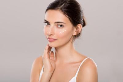 Skin Care dengan SPF Ini Menghilangkan Bekas Jerawat dan Mencerahkan Wajah Lho, Penasaran?