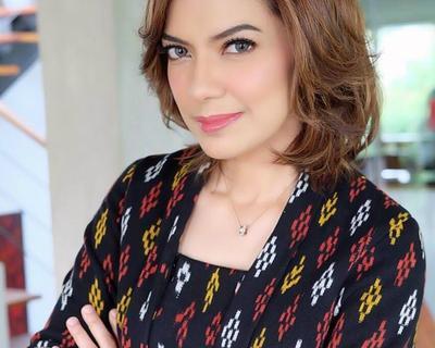 Elegan dan Smart, Ini Inspirasi Gaya Profesional Ala Najwa Shihab