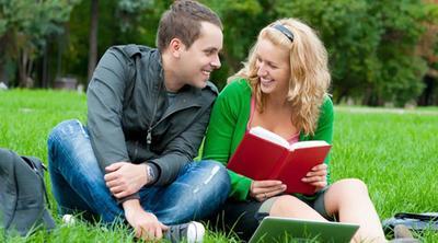 Ladies, Ini Dia 1001 Cara Meluluhkan Hati Pria dengan Cerdas dan Elegan!
