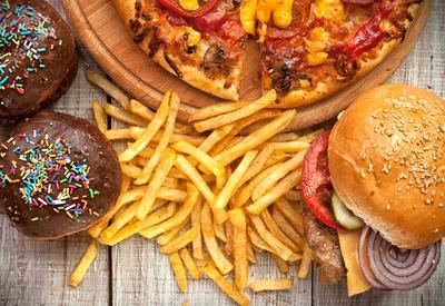 Hati-Hati! 4 Jenis Makanan Ini Harus Kamu Hindari Saat Buka Puasa