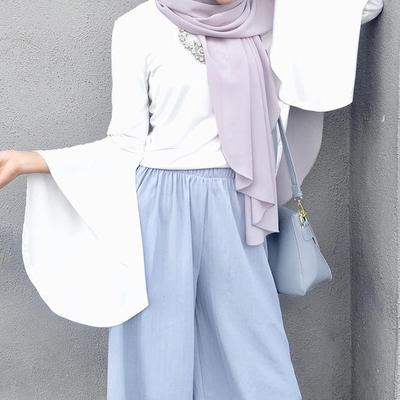 Wah, Ini Dia Inspirasi Padu Padan Warna Hijab Ungu yang Cantik dan Kekinian!