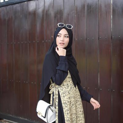 Syar'i dengan Hijab Pashmina