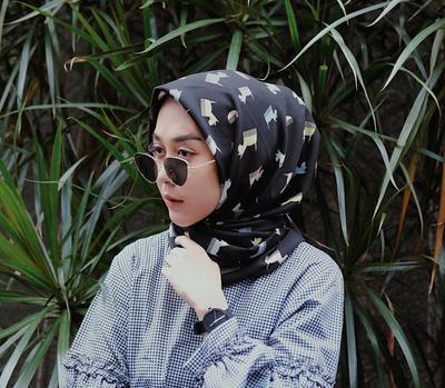 Hijabers, Ini Dia 5 Pilihan Model Kacamata Hits yang Cocok untuk Jadi Teman Liburan Kamu