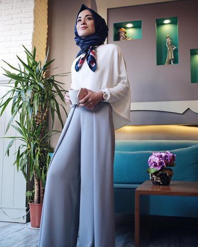 Ide Padu Padan Baju untuk Hijabers Agar Terlihat Lebih Tinggi