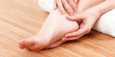#FORUM Gimana cara mengatasi kulit pecah-pecah di kaki?