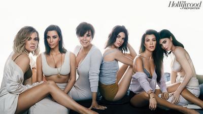 Tak Heran, Fashion Keluarga Kardashian Ini Selalu Jadi Perhatian Khalayak