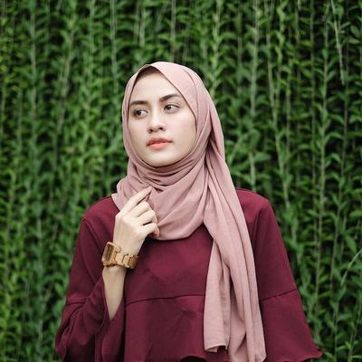 Inspirasi Style Hijab Pashmina Kekinian
