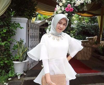 Tak Melulu Kebaya Atasan Organza Hijab Ini Cocok Banget Menemani